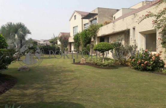 4.5 KANAL DOUBLE STORY FARM HOUSE ON PRIME LOCATION OF BADIAN ROAD LAHORE